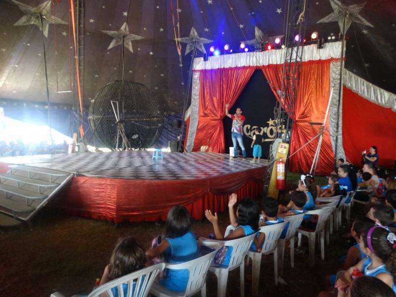 Os alunos do CEML visitaram o Circo