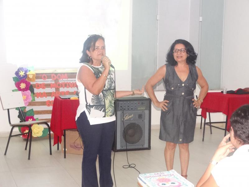 Palestra para Professores do CEML com a Psicopedagoga Míriam Silva Pinto com o tema 'Como lidar com alunos especiais em sala de aula